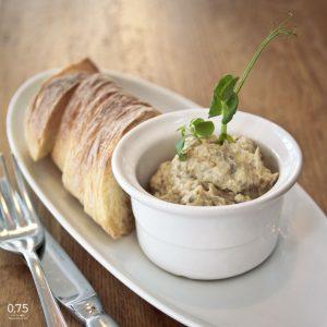 Padlizsánkrém bagettel - 0,75 bistro, borbár, étterem